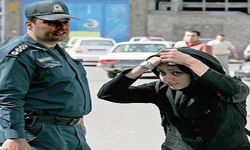Iran: Drei Frauenrechtlerinnen zu 55 Jahren Haft verurteilt