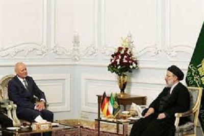 Skandal: Deutscher Botschafter im Iran trifft Massenmörder Raisi