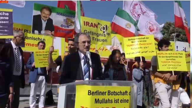 اعتراض ایرانیان علیه حضور هیأت رژیم در  برلین