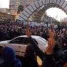 Iran: Erneut demonstrieren tausende Menschen gegen die Diktatur